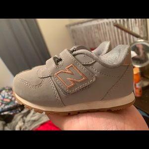 Toddler/infant shoes